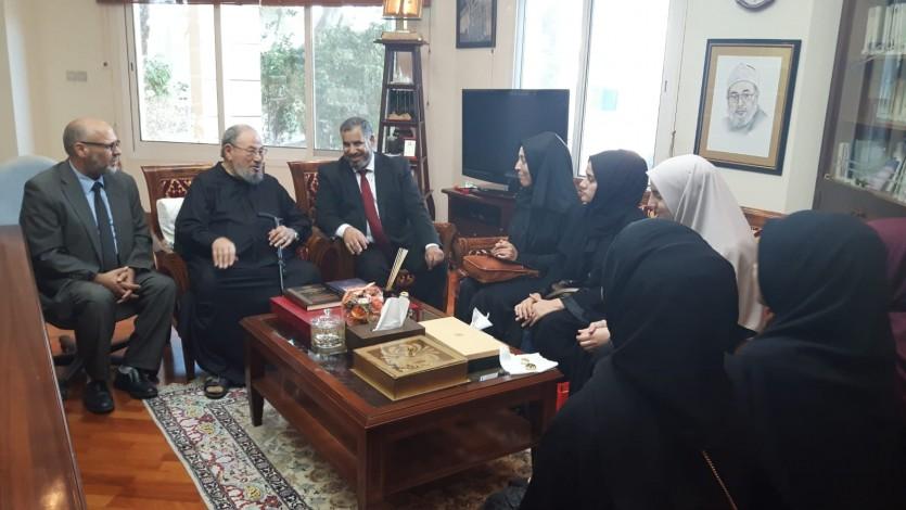 مع وفد من طالبات جامعة صقاريا التركية، المبتعثات إلى كلية الشريعة بجامعة قطر