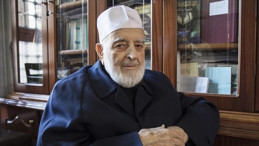 رحم الله أخانا الكبير فضيلة الشيخ أمين سراج كبير علماء تركيا