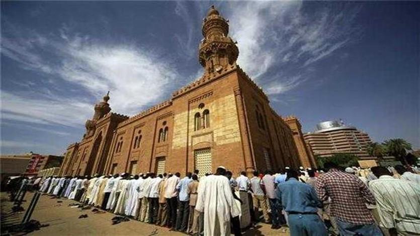 (160) مع منظمة الدعوة الإسلامية في الخرطوم
