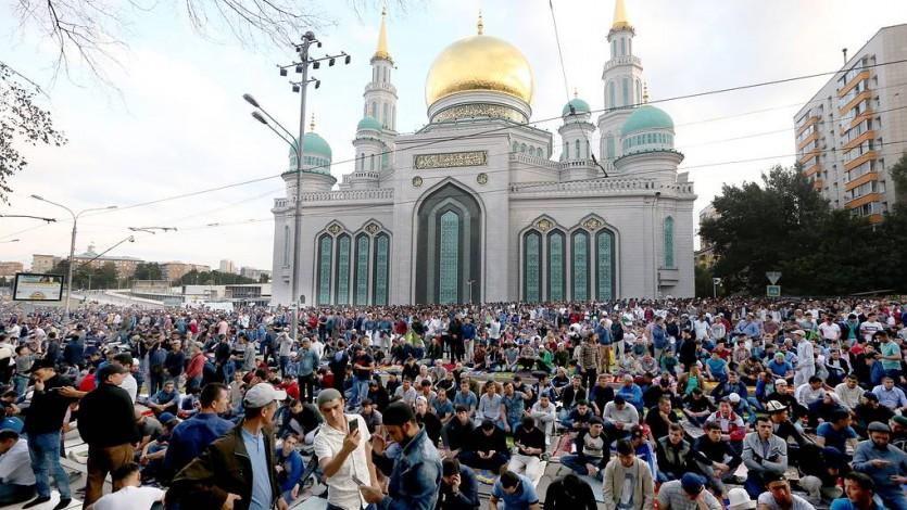 (206) مؤتمر «موسكو» للأديان 1995م