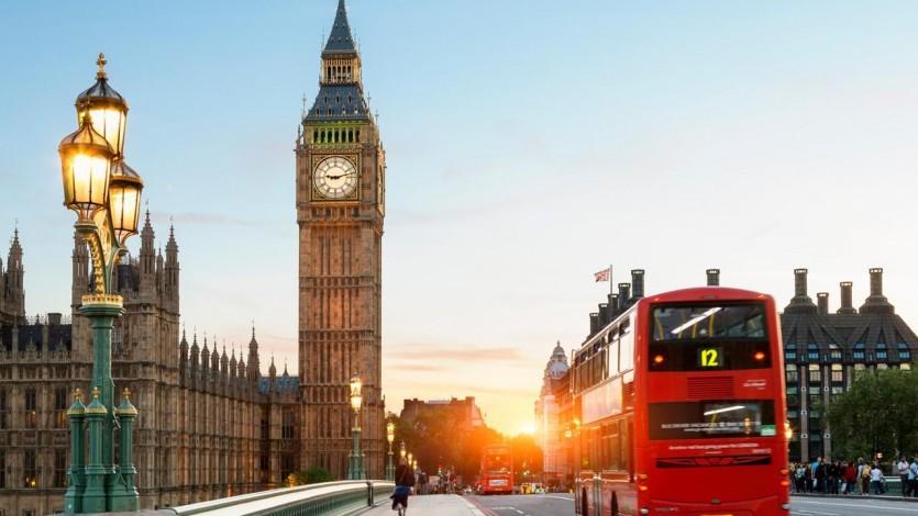 (134) رحلة إلى لندن للعلاج