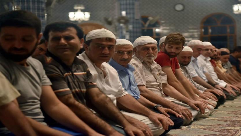 القرضاوي: الإسلام روح أمتنا والإيمان مفتاح شخصيتنا