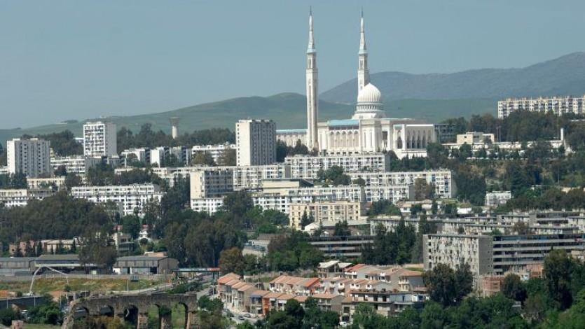 (146) ملتقى الفكر الإسلامي السابع عشر عن الإجتهاد في قسنطينة صيف 1983م