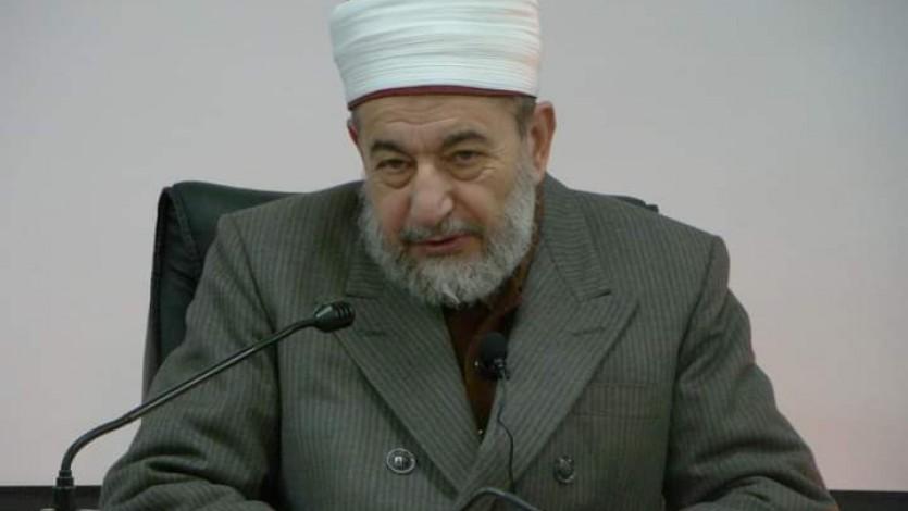 القرضاوي: رحم الله الدكتور نور الدين عتر أستاذ الحديث الشريف