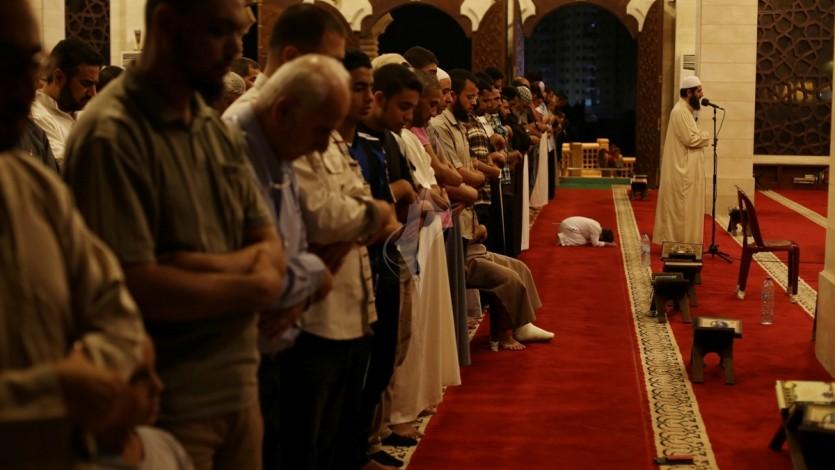 متى تجوز إمامة المرأة في الصلاة؟