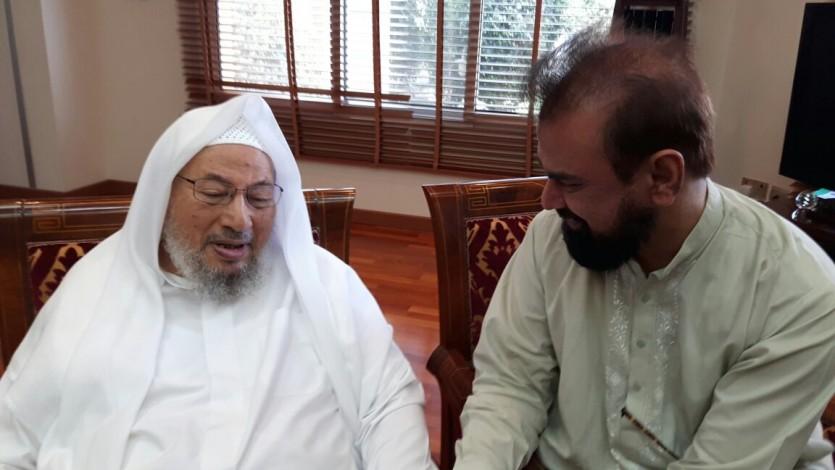 القرضاوي: رحم الله أخانا الحبيب الدكتور عبد الغفار عزيز