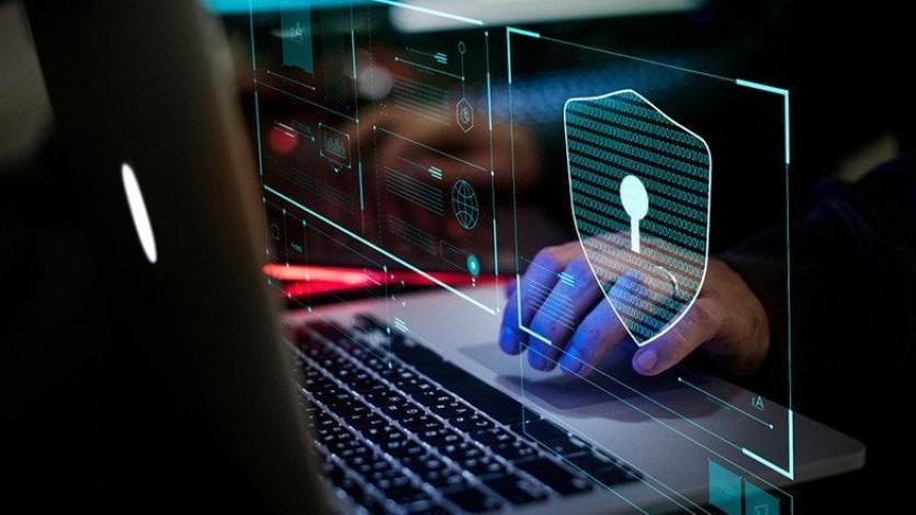 سرقة المعلومات