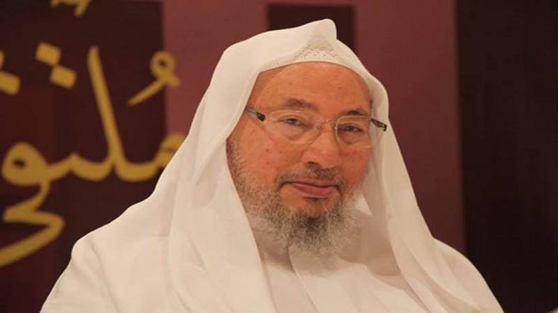 الشيخ القرضاوي في تحسن ويبلغ سلامه لمحبيه