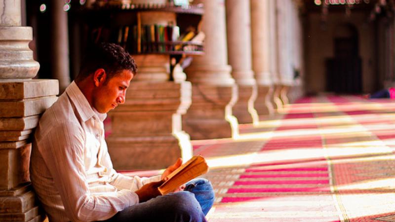 القرضاوي: الإنسان المحمود في القرآن إيجابي فاعل ينطق بالحق