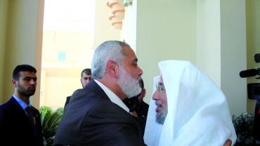في استقبال إسماعيل هنية