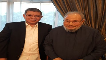 مع سعادة الداتو سيف الدين عبدالله وزير الخارجية الماليزي