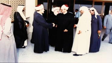 مع الشيخ حسن خالد مفتي لبنان الراحل