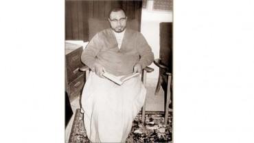 صورة نادرة للشيخ القرضاوي في منزلة بالدوحة