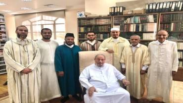 مع وفد من علماء المغرب
