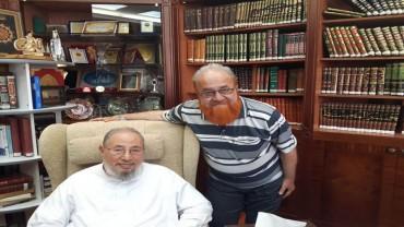 مع أ.د. محمد حسان خان عميد كلية دار العلوم  بهوبال - الهند